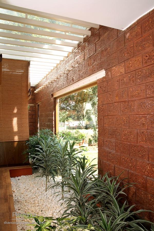 Laterite house anup naik bangalore sustainable for Home building resources