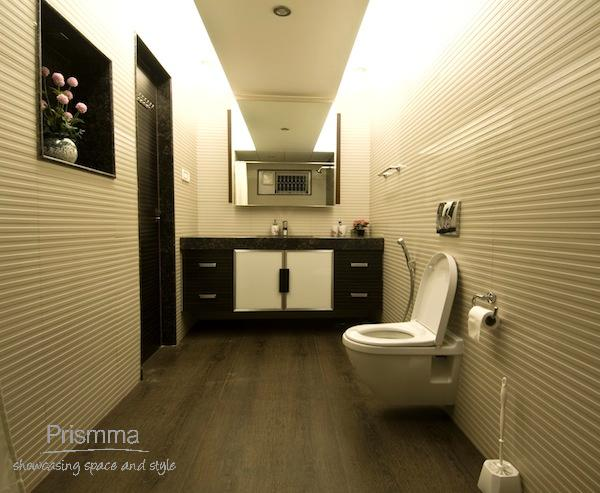Modern Finishes In Bathroom Design Walls Counters And