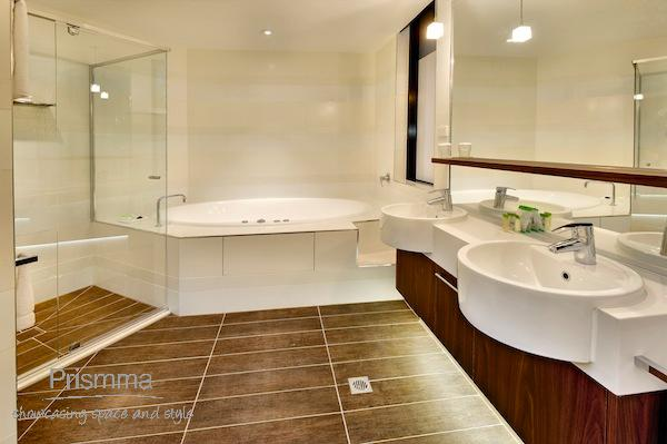 bathroom design Di Henshall 8