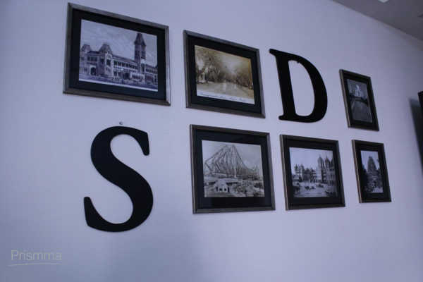 framed pictures DEEPASRIRAM21