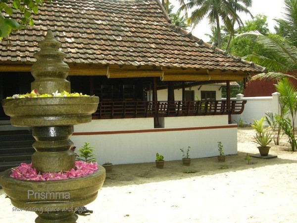 Architecture india traditional kerala architecture 10 for Indian home decor stores