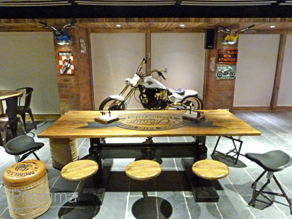 Kolkata interior designer bikers cafe by icon projects